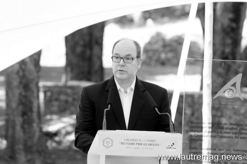 ALBERT DE MONACO EN PROVENCE A MAZAUGUES LE 19 JUIN AFIN DE DEFENDRE LA CAUSE DES ABEILLES