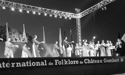 53 EME FESTIVAL INTERNATIONAL DE FOLKLORE DE CHATEAU GOMBERT